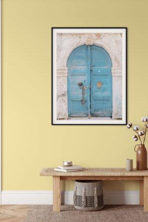 Sinine kaarega uks